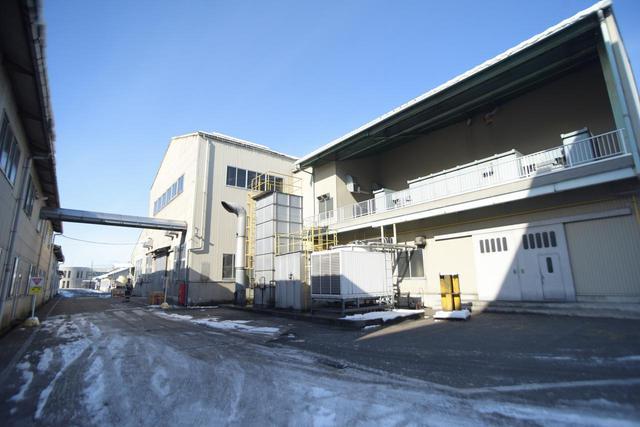 画像: 広大な敷地には、各工程毎に分けられた建物がひしめく
