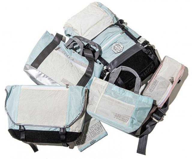 画像: 2011年にリリースされた初めてのコラボレーションバッグ