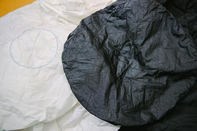 画像: 技術革新により可能となったエアバッグの染色