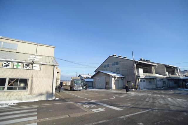 画像: BBSジャパン・高岡本社に併設する工場