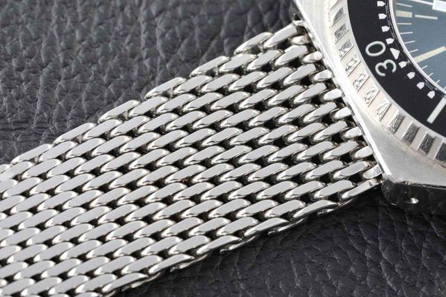 画像: 柔軟性に富んだメッシュブレスレット