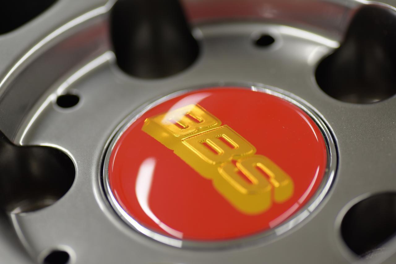 画像: こちらが偽造品につけられたBBSのロゴ