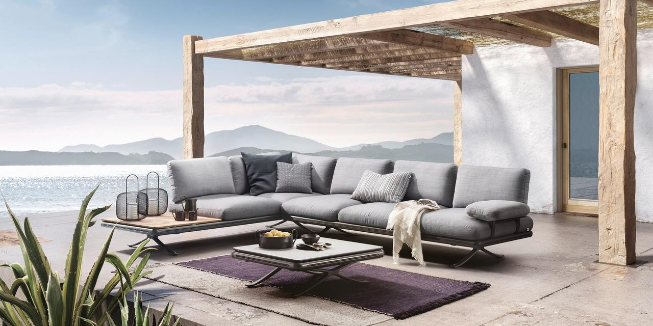 画像1: 室内での快適性を屋外へ『Rolf Benz YOKO』
