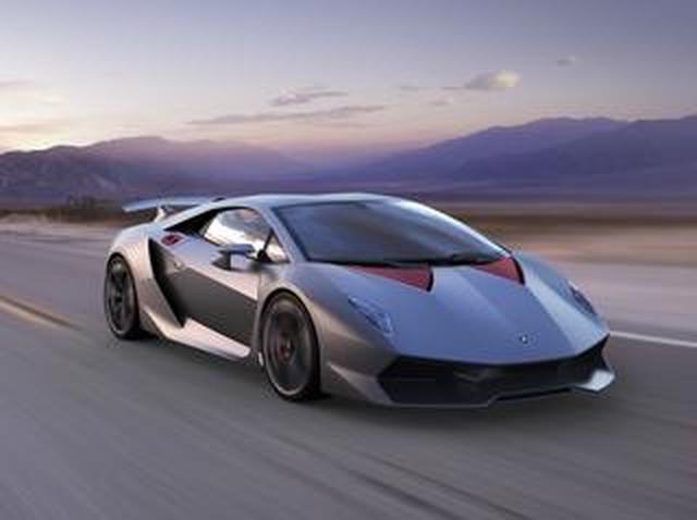 画像: 【ランボルギーニの限定車 3】セストエレメントの開発はランボルギーニのカーボン技術を大きく進化させた