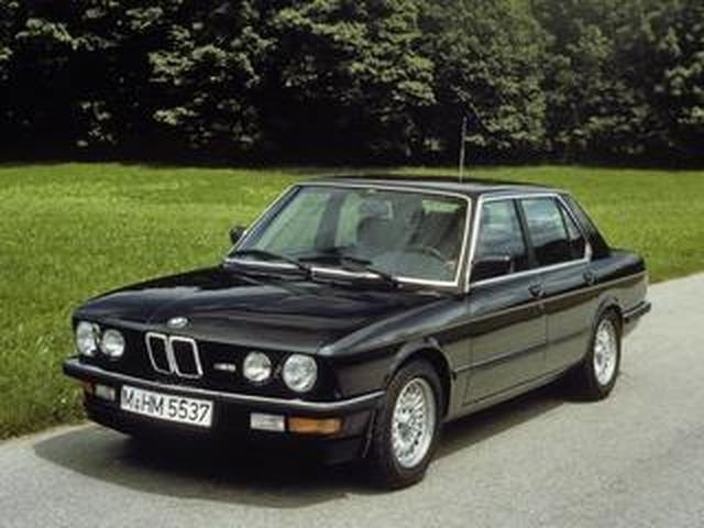 画像: 【BMW Mの系譜2】初代M5(E28)はBMWモータースポーツ社による純血のMモデルだった