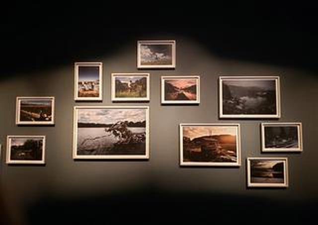 画像: 公文健太郎写真展「暦川」が銀座キヤノンギャラリーにて開催中!10月2日(水)まで。