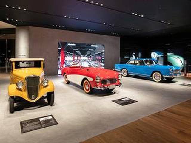 画像: 日産自動車が横浜のグローバル本社ギャラリーに「ヘリテージゾーン」をオープン