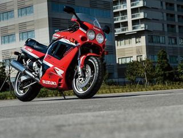 画像: 【名車図鑑】『SUZUKI GSX-R1100/W』レーサーのテクノロジーが実現した当時世界最速のスーパースポーツ