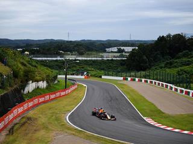 画像: F1日本GP、フリー走行でフェルスタッペンはトップから0.281秒差の3番手【モータースポーツ】