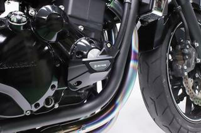 画像: スタイリングの維持とエンジンガードの機能を両立させた、アクティブ『エンジンカバースライダー』#Heritage & Legends