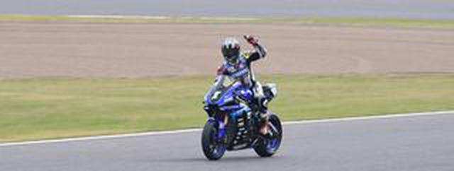 画像: <全日本ロードレース> 速報!まさかのランキング逆転! ~決定的瞬間!中須賀トップで最終レースへ