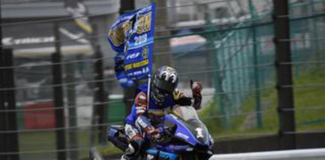 画像: <全日本ロードレース> 大逆転! 9Timesチャンピオン誕生! ~レース2は高橋独走も中須賀に及ばず