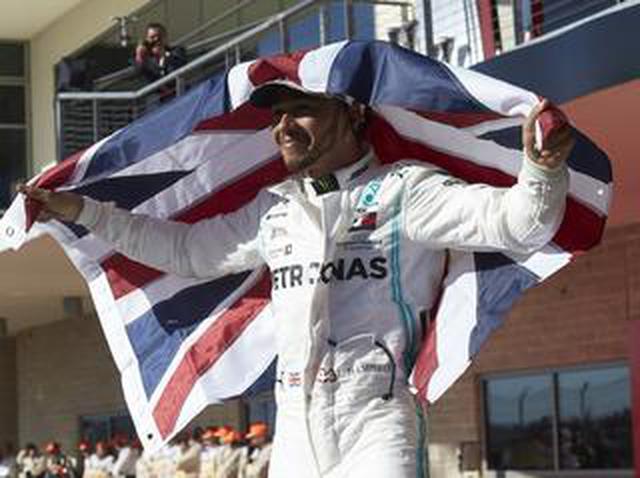 画像: F1第19戦アメリカGP、ハミルトンが3年連続6度目のドライバーズタイトルを獲得【モータースポーツ】