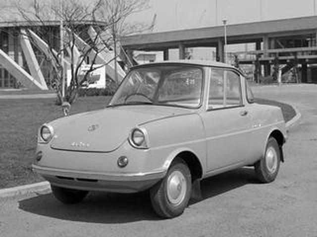 画像: 【昭和の名車 111】マツダ R360クーペは、スバル360とともに軽自動車の先駆的役割を果たした