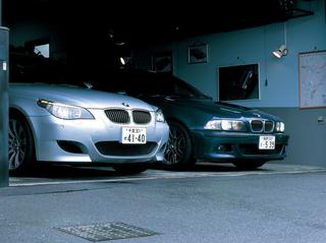 """画像: 【ヒットの法則83】E60型BMW M5を従来モデルと比較して見えた""""普遍のスポーツ魂"""""""