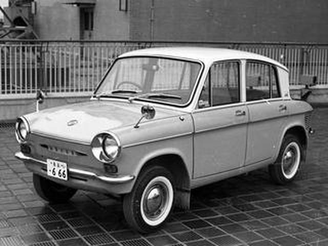 画像: 【昭和の名車 116】マツダ キャロルは軽自動車とは思えないオーバークオリティの機構を採用した