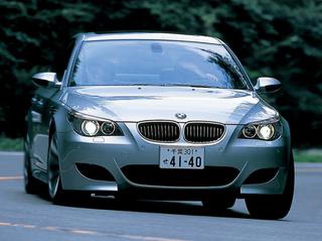 画像: 【ヒットの法則90】E60型BMW M5のスポーツ度をメルセデスE55 AMG、ポルシェ911カレラSと比較
