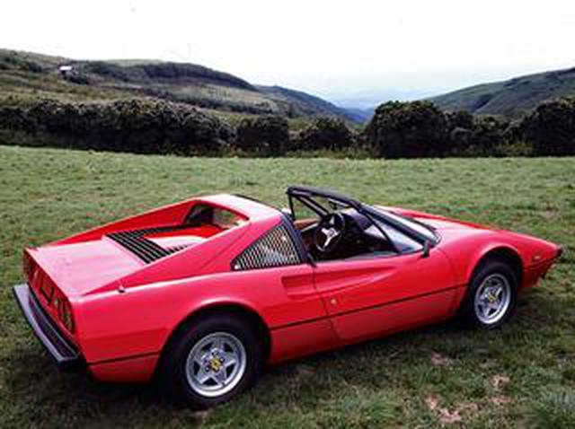 画像: 【スーパーカー年代記 014】フェラーリ 308GTBの進化形、308GTS、308GTBクワトロバルボーレ