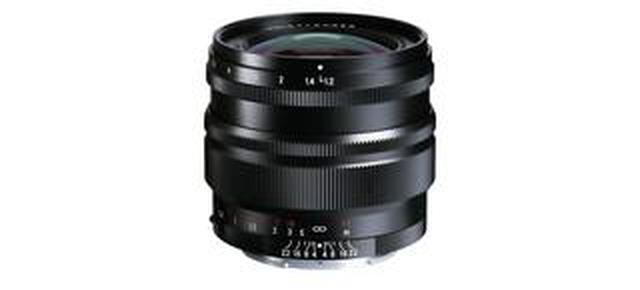 画像: フォクトレンダーNOKTON 50mm F1.2、ソニーEマウント用の新デザインSEシリーズで、コシナから7月発売。価格は11万5000円(税別)。