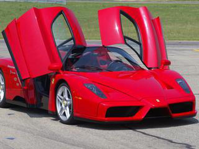 画像: 【スーパーカー年代記 057】エンツォフェラーリは創業55周年を記念して製造された399台の限定車