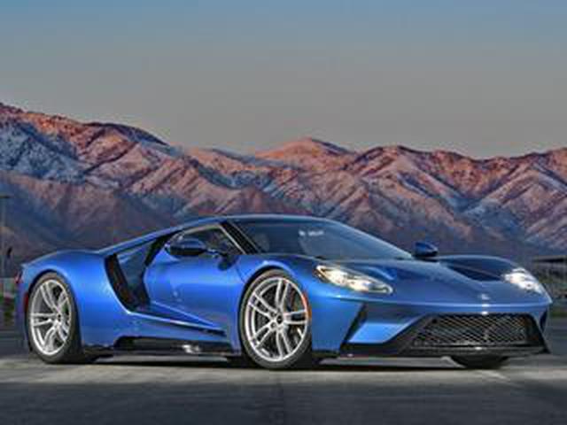 画像: 【スーパーカー年代記 099】フォード GTは名車「GT40」の血統を現代に受け継ぐアメリカン スーパースポーツ