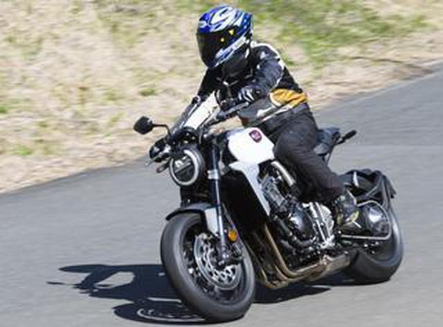 画像: 伊藤真一さんがお気に入りのバイクを2年ぶりにチェック! ホンダ CB1000R(2020年)試乗インプレ【ロングラン研究所】