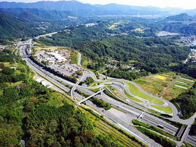 画像: 【高速道路】中央自動車道の談合坂サービスエリア(上り)の駐車場改良工事が6月末に完了
