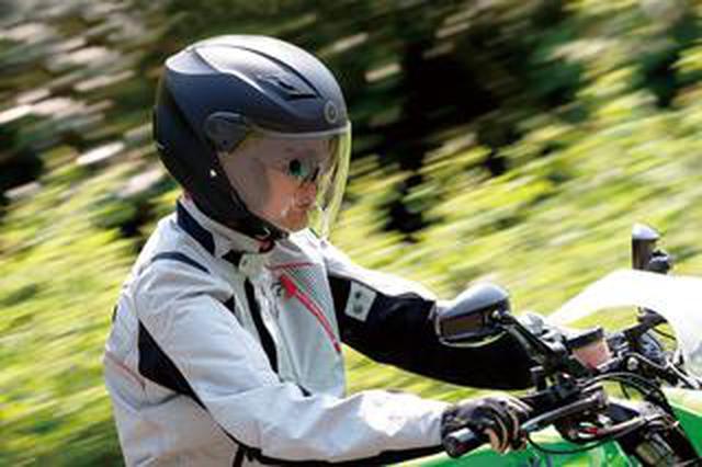 画像: レッドバロン「ROM」ブランドのヘルメットをテスト&レポート! ゼロスヘルメットの特徴を解説