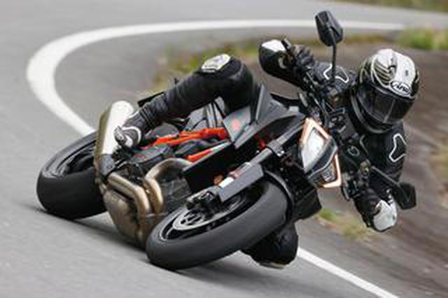 画像: KTM「1290 SUPER DUKE R」デュークシリーズ最新最高モデルの走りはいかに?【試乗インプレ・車両解説】(2020年)