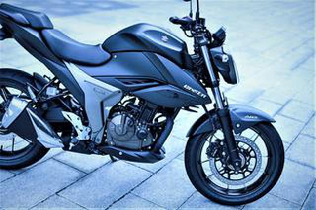 画像: 《前編》スズキ新型『ジクサー250』とフルカウル『ジクサーSF250』のキャラが違いすぎっ!?......250ccが欲しいバイク初心者にもおすすめ!【SUZUKI GIXXER 250/試乗インプレ1】