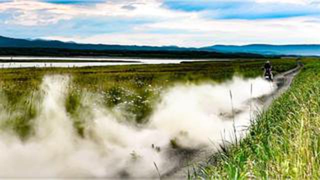 画像: 「三橋淳のアフリカツイン 北駆南走」 第16回「湖畔の一夜」