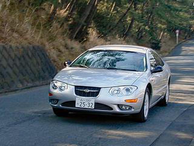 画像: 【懐かしの輸入車 13】クライスラー 300Mは、2001年モデルでさらにスタイリッシュになった