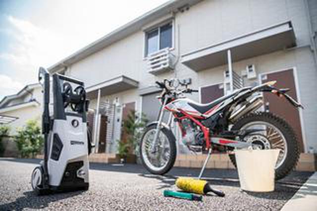 画像: 自宅で洗車をしたいあなたへ。電動の高圧洗浄機なら、東京の住宅街でも使えちゃうんです
