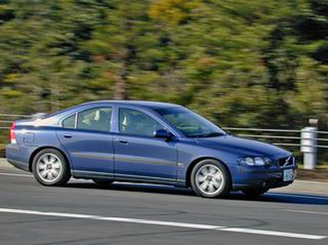 画像: 【懐かしの輸入車 16】ボルボ S60は走りも楽しい新世紀のスポーティボルボだった