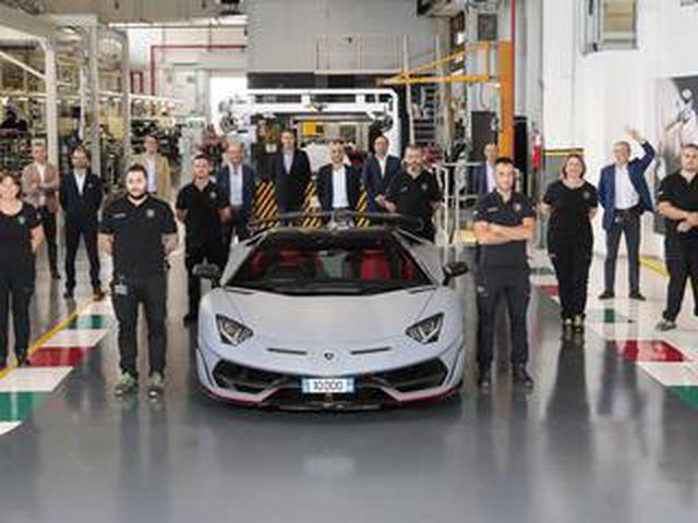 画像: ランボルギーニ アヴェンタドールの生産1万台目がサンタアガタ ボロネーゼからラインオフ