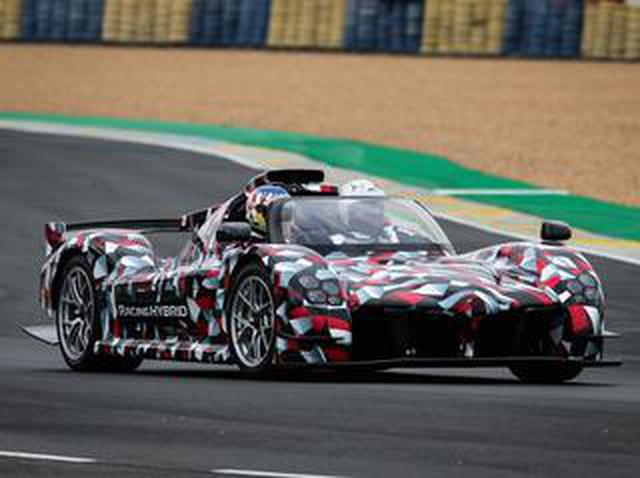 画像: 「トヨタGR Super Sport」の試作車が突如ル・マンのサルテサーキットに登場