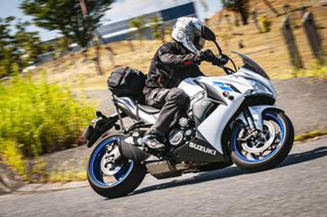 画像: 2泊3日対応のツーリングバッグをスズキの大型バイク『GSX-S1000F』に積んでみた!【SUZUKI GSX-S1000F/積載インプレ 後編】