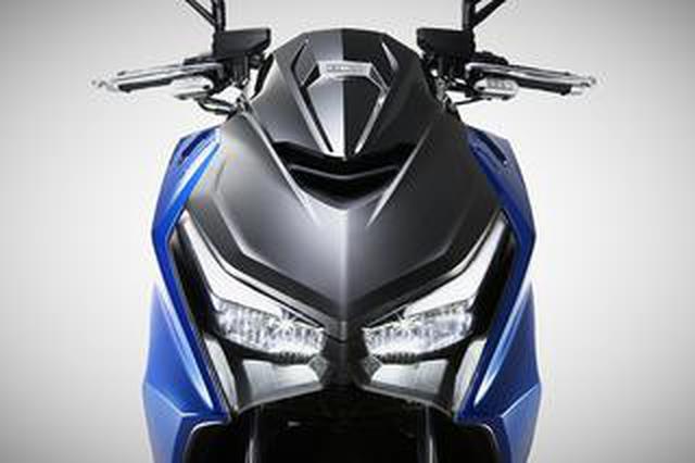 画像: キムコの新型車「KRV」登場! 平日はコミュータ、週末はツーリングを楽しめるオールラウンドなスポーツRVスクーター【2021速報】