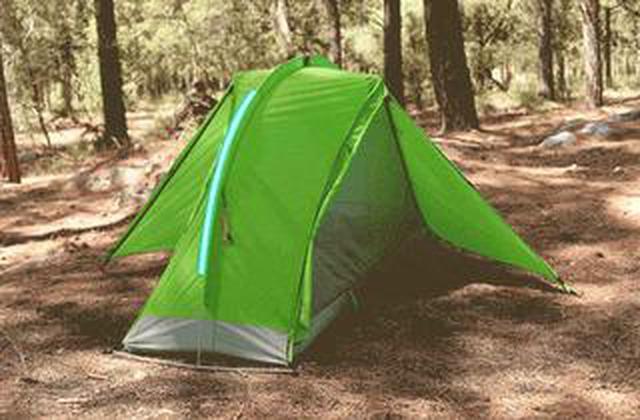 画像: 寝るまで1分のらくらくテント登場、もう忘れ物の心配も無いんです