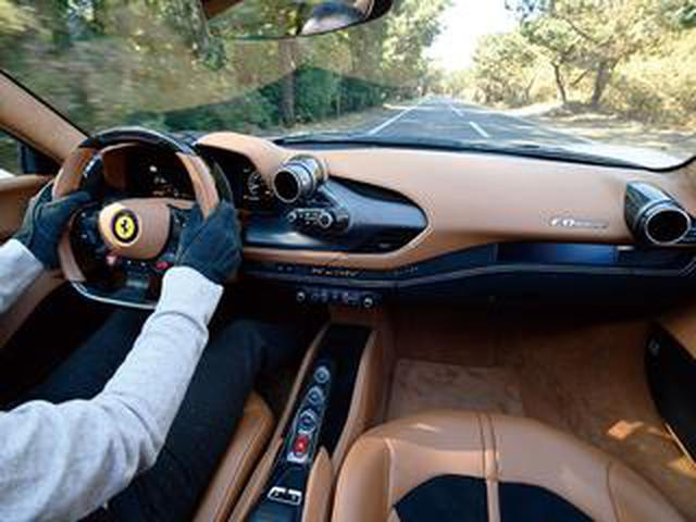 画像: 【試乗】フェラーリ F8スパイダーは、V8ミッドシップをオープントップで味わえる極楽ツーリングカー