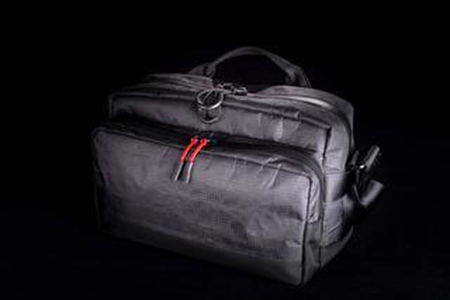 画像: INDUSTRIA 「IND-330X X-PacショルダーS」 ○1万9800円 ○2021年2月17日(水)より販売を開始