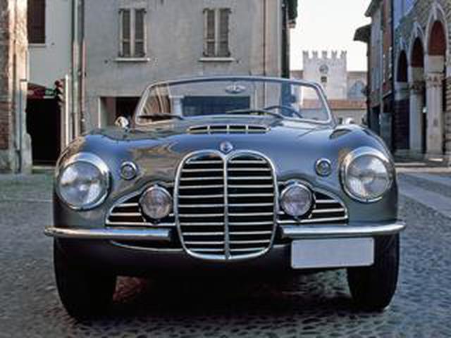 画像: 【コレ何?】ピニンファリーナもデザインした、生産台数わずか16台のイタリアン スポーツ【その14】