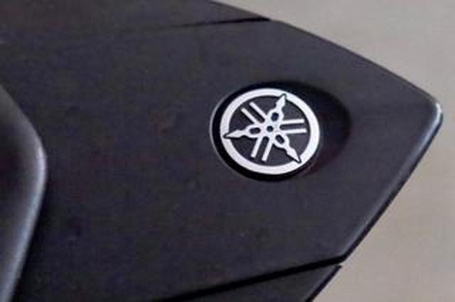 画像: ヤマハの「音叉マーク」がバイクと楽器で少しちがうって知ってた?「YAMAHA」のロゴも微妙にちがうんだよ(福山理子)