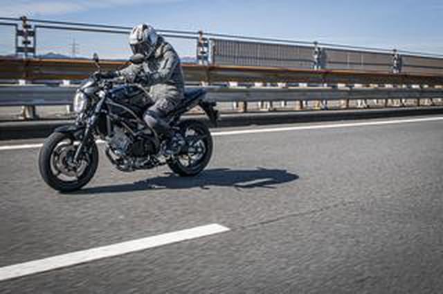 画像: スズキ『SV650』は250cc~400ccみたいにコンパクトだけど直進安定性が抜群すぎっ!? 大型バイク初心者にもおすすめです!【SUZUKI SV650/試乗レビュー2 優しさ編】