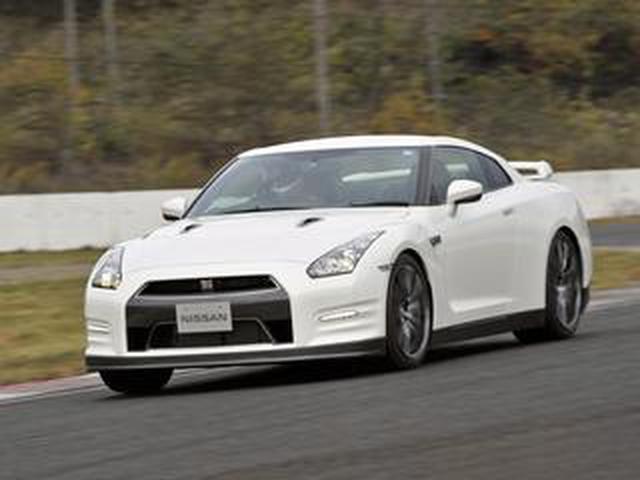 画像: 【試乗】日産 GT-Rが2011年モデルで手に入れた「テールを破綻させない」基本性能【10年ひと昔の新車】