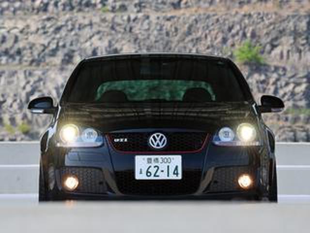 画像: どちらが史上最強のGTIか。「ゴルフV GTIピレリ」の強烈な魅力と、ゴルフVI GTI【10年ひと昔の新車】