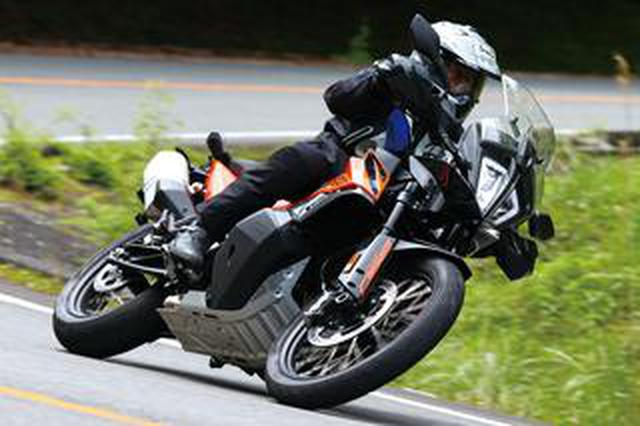 画像: KTM「890アドベンチャー」インプレ(2021年) パワーアップと軽量化で走りを磨いたミドルアドベンチャー!