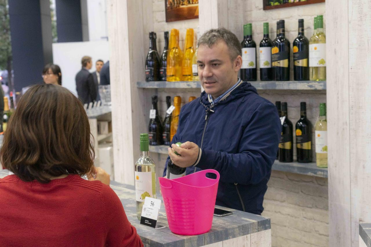 Images : 2番目の画像 - 海外のワイン生産者や醸造家が集う - ワイン王国