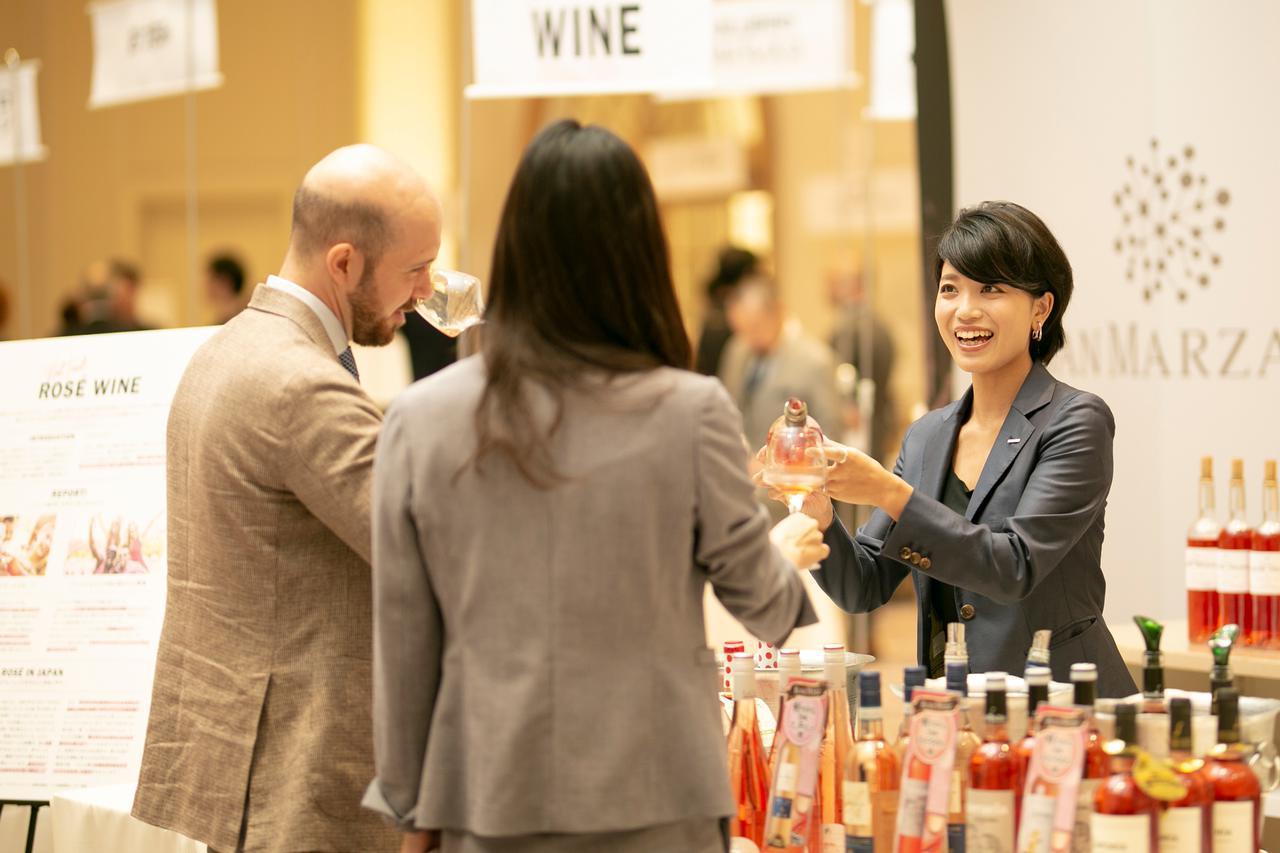 画像1: 世界の約250種類のワインと日本酒を楽しめるテイスティングイベント「モトックス ワールドワイン フェスティバル 2020」!
