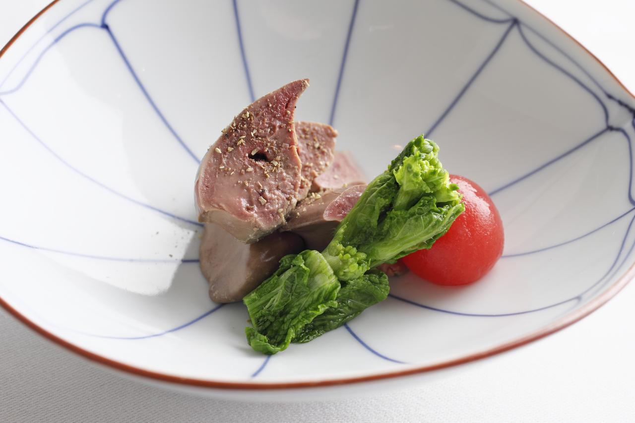 画像: 「地鶏肝うま煮 山椒 剥きトマト」
